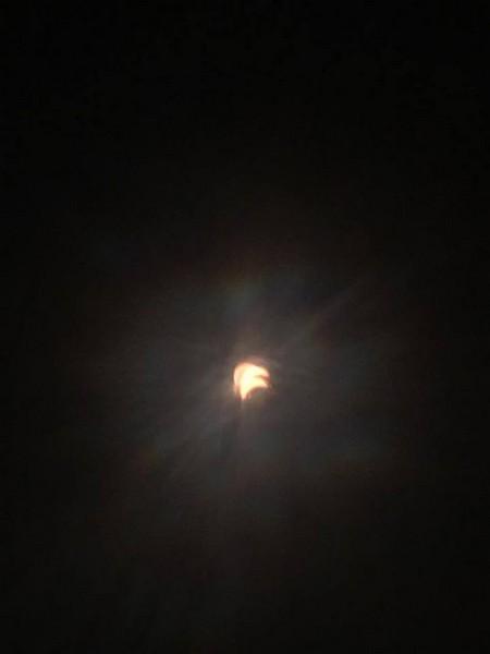 Закарпатка зафіксувала в США унікальне явище – повне сонячне затемнення