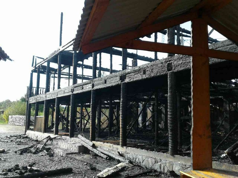 Рятувальники розповіли подробиці пожежі на базі відпочинку у Солотвині