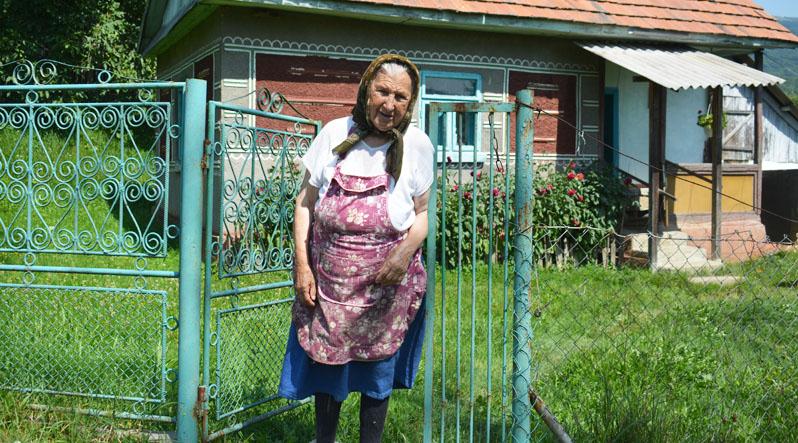 На Закарпатті є село, у якому влітку проживає 25 людей, а взимку – 12