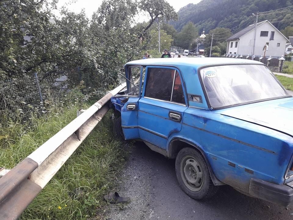 ДТП на Рахівщині: зіткнулися одразу три машини